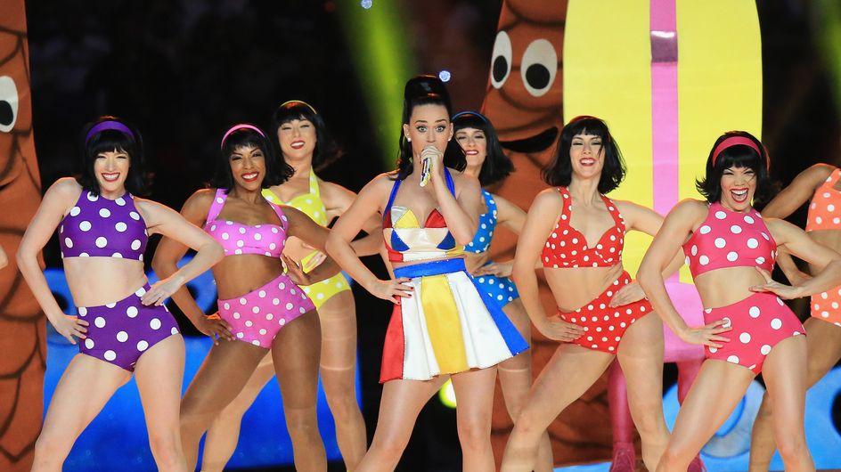 Katy Perry s'offre un nouveau tatouage en référence au Super Bowl (Photo)
