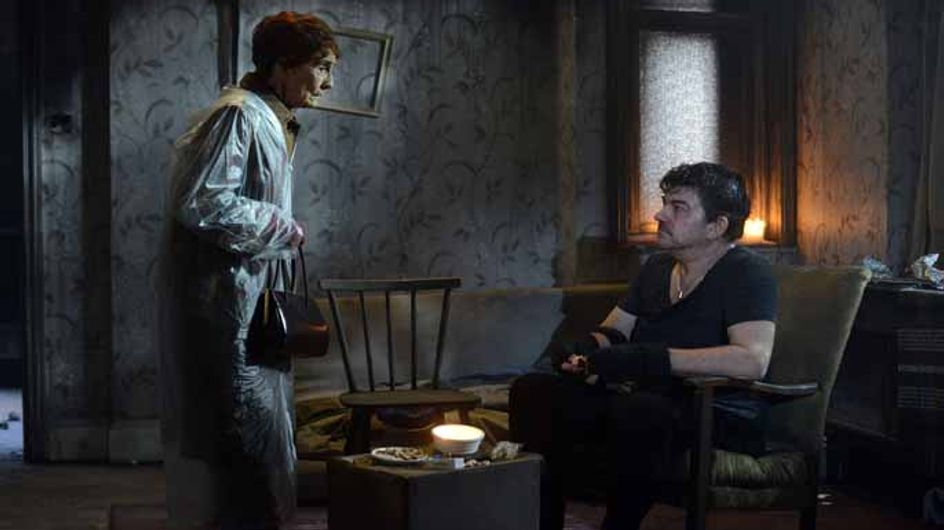 Eastenders 12/02 - Lauren lets slip she knows what really happened to Lucy