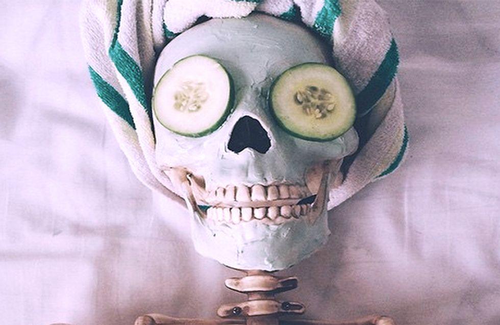 Este muerto está muy vivo: La increíble vida, tras la muerte, de un esqueleto en Instagram