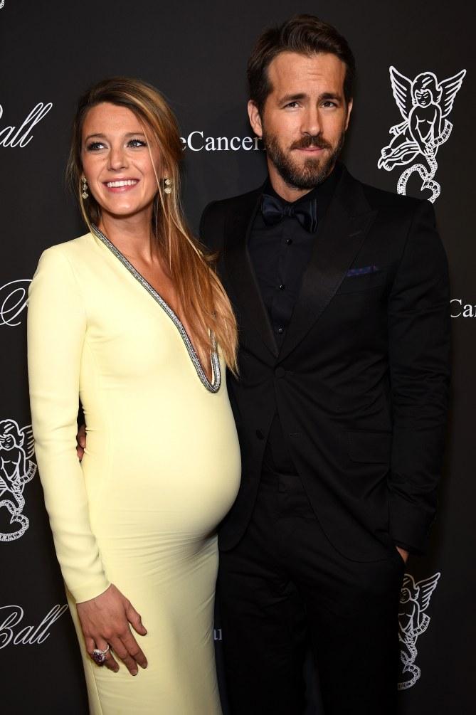 Blake Lively et Ryan Reynolds à une soirée.