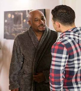 Coronation Street 16/02 - David finds big trouble comes in small packages