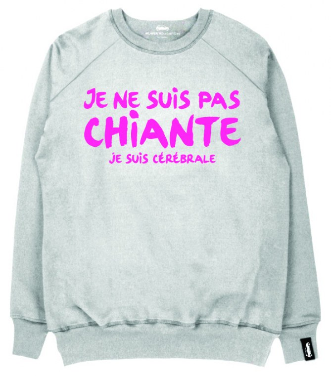 Le sweat de Nora Hamzawi.
