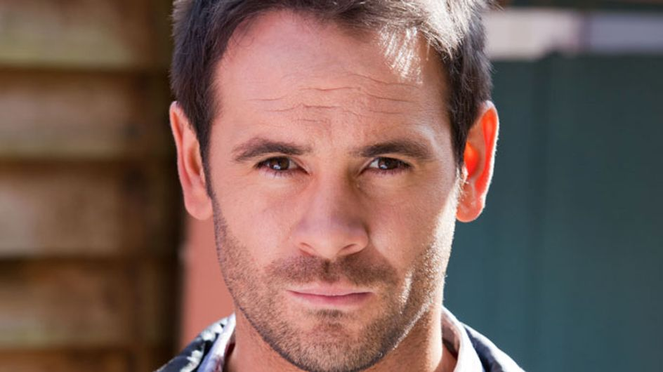 Hollyoaks 23/02 - Joe makes a desperate decision to get his son back
