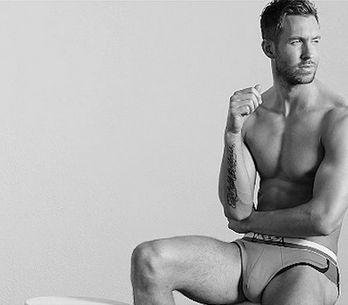 Calvin Harris se dénude pour Armani (Photos)