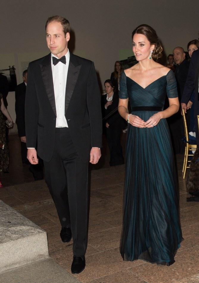 Kate Middleton dans une robe Jenny Packham lors de son déplacement à New York