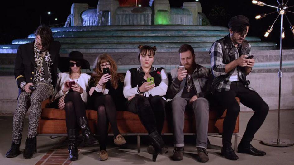 Erinnert ihr euch an 'Friends'? SO würde der legendäre Vorspann heute aussehen