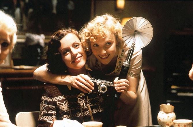 """Una scena del film """"Aimée & Jaguar"""" (1998)"""