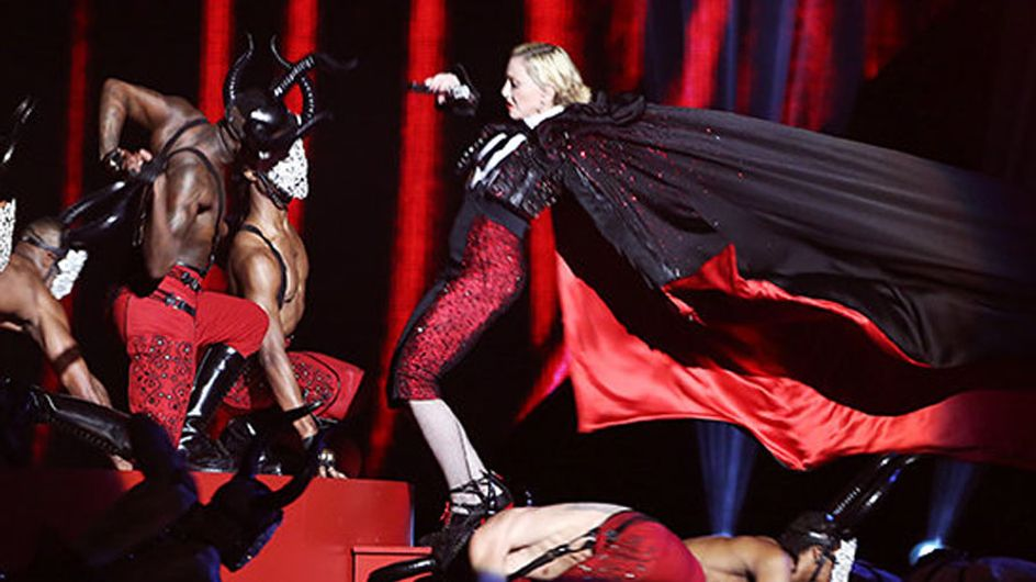 Madonna Takes A Tumble At The Brits | Our Favourite Celebrity Stage Fails