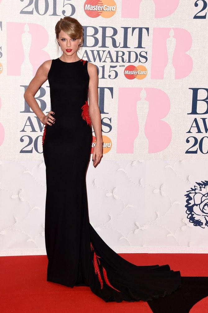 Taylor Swift aux Brit Awards 2015.