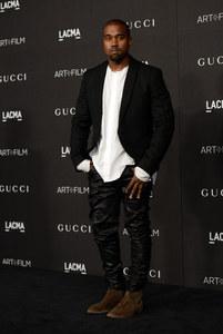 Kanye West à une soirée.