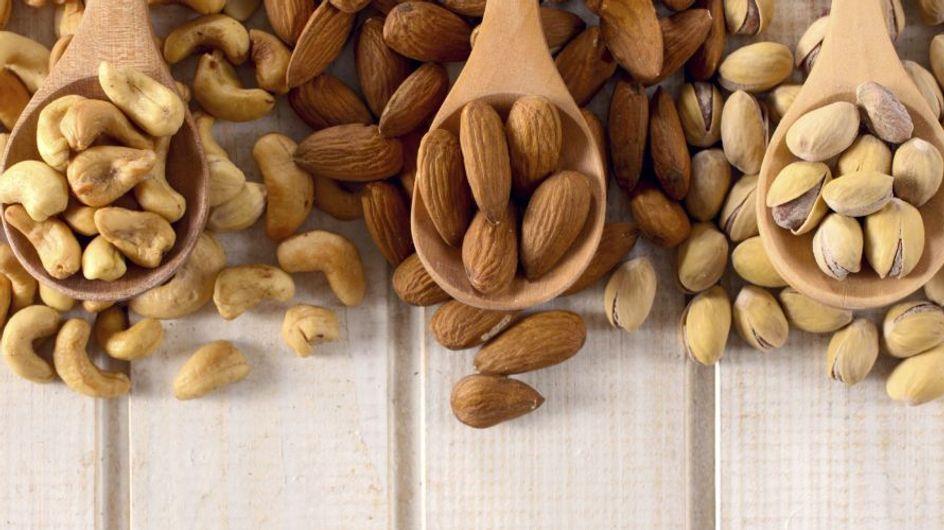 Perché la frutta secca fa bene? Ecco i motivi principali per cui dovresti integrarla nella tua alimentazione!