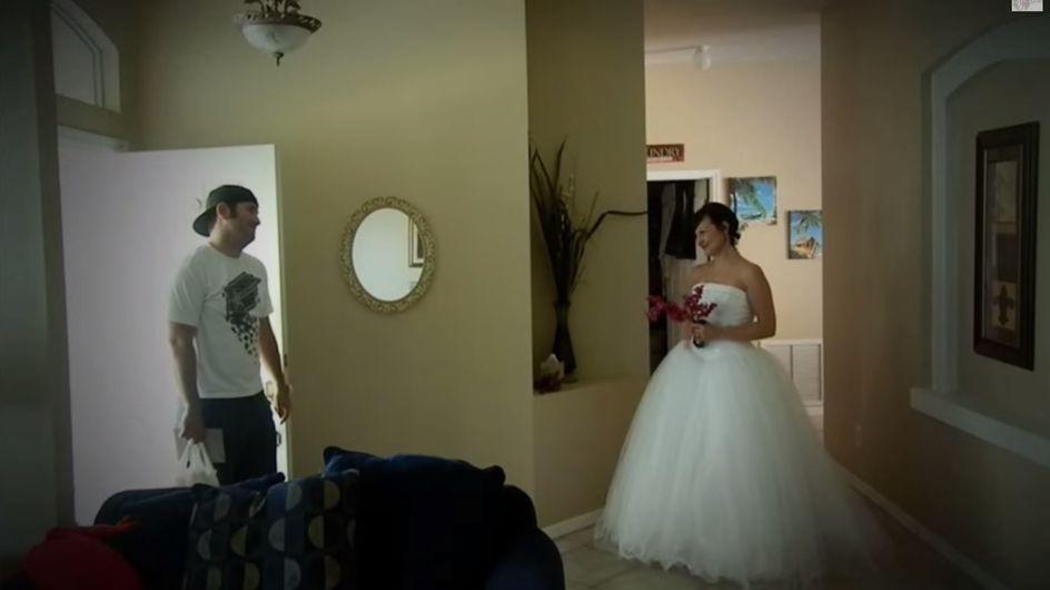 Zum Hochzeitstag überrascht sie ihn auf ganz besondere Weise - seine Reaktion geht unter die Haut
