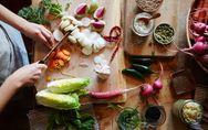 Vuoi combattere la cellulite? Scopri gli alimenti consigliati e quelli assolutam