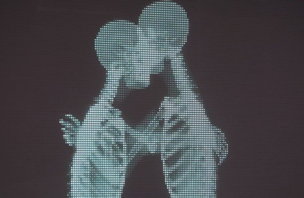 Video/ L'amore non ha pregiudizi: guarda l'emozionante video che ti farà capire che l'amore non si ferma davanti alle differenze