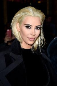 Kim Kardashian au défilé Balmain.