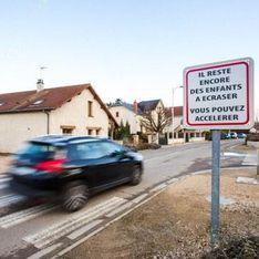 Il reste des enfants à écraser, le panneau choc contre les excès de vitesse
