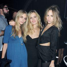 Cara Delevingne, Georgia May Jagger et Suki Waterhouse, trio topless pour Vogue (Photo)