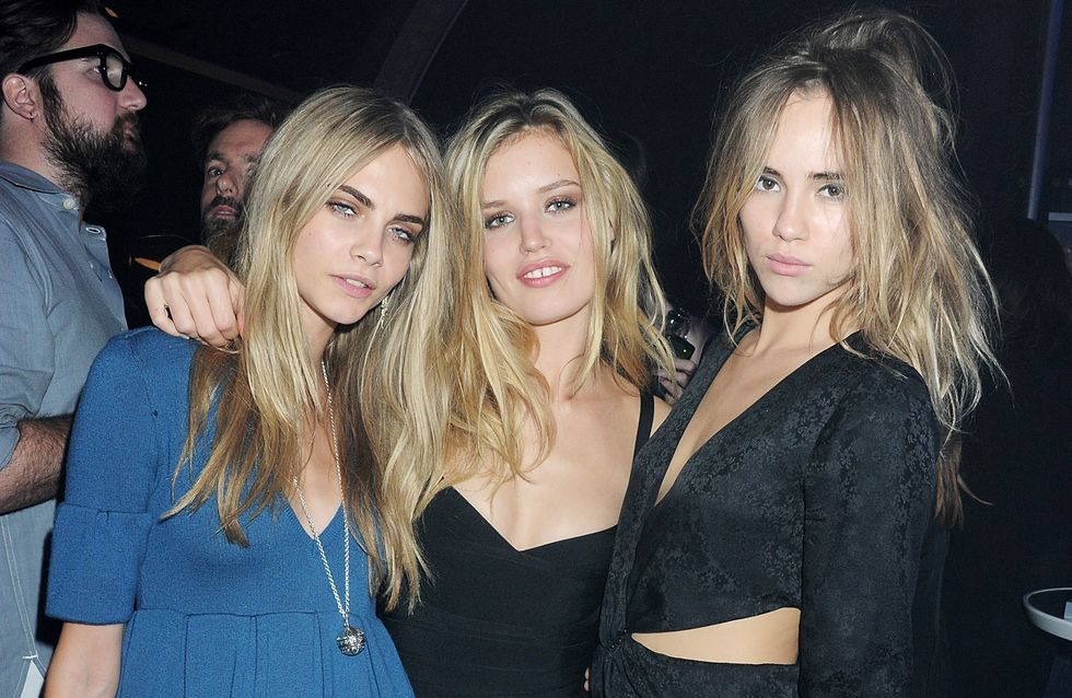 Cara Delevingne, Georgia May Jagger et Suki Waterhouse, trio topless pour Vogue (Photo)