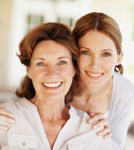 Les relations mère-fille : mère fusionnelle ou mère rivale ?