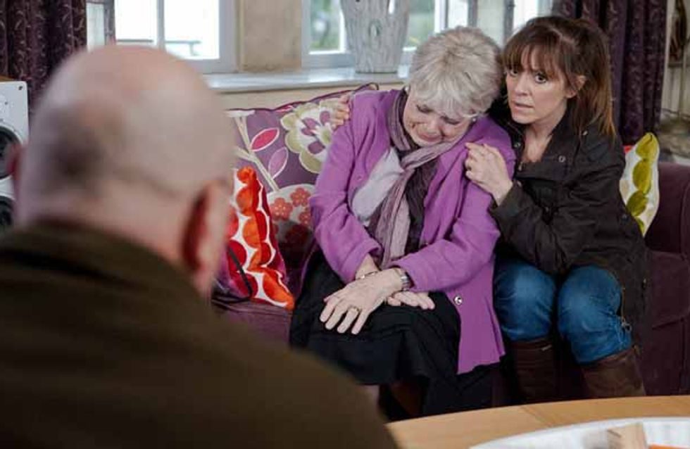 Emmerdale 16/03 - Pearl has a shock in store for Rhona and Paddy