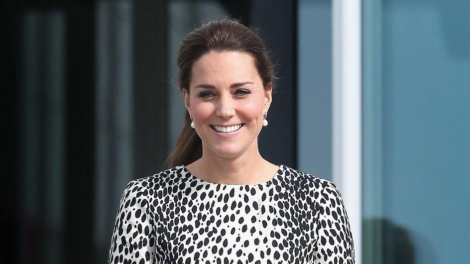 Kate Middleton en mode dalmatien pour sa dernière sortie (Photos)