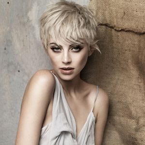 10 Hairstyle Ideas To Give Your Look A Spring Clean.
