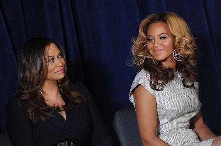 Tina Knowles et Beyoncé complices.