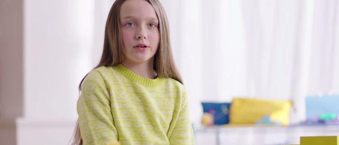 Une jeune fille pour Microsoft.