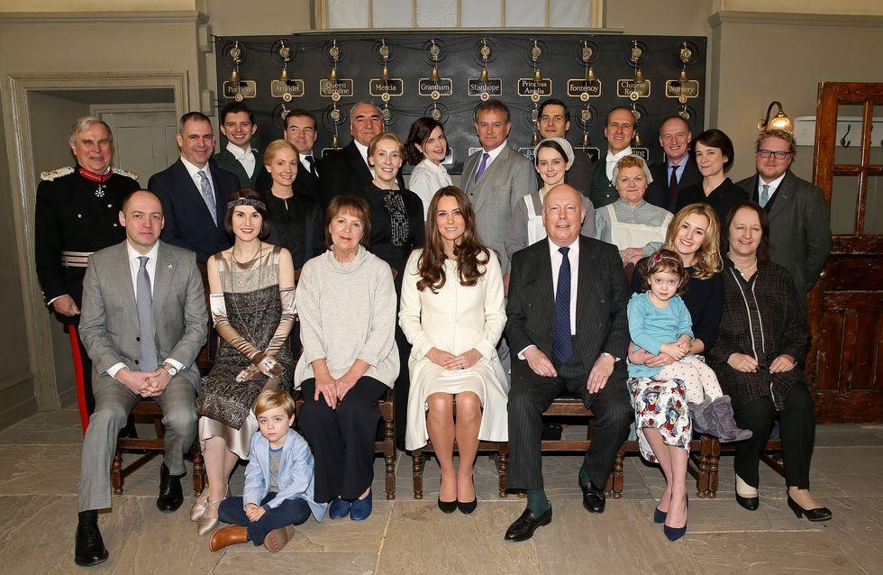 Fan de Downton Abbey, Kate Middleton s'invite sur le tournage (Photos)