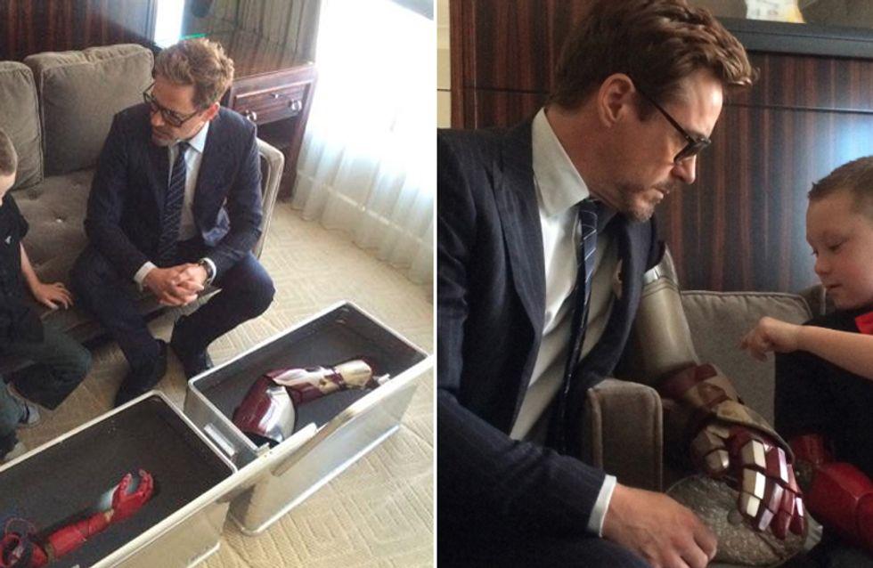 Robert Downey Jr. prova que é super-herói dentro e fora da telona