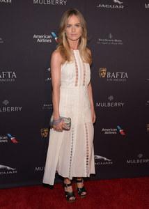 Cressida Bonas avec la robe Buttercup de Mulberry.
