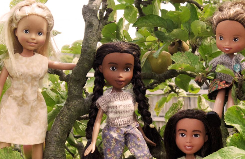 La artista de Tasmania que rescata muñecas Bratz y las transforma en bellezas reales