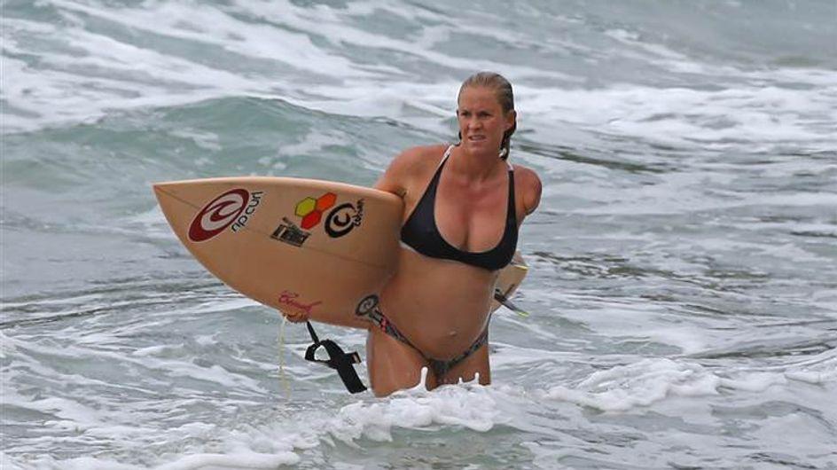 Enceinte de six mois, Bethany Hamilton continue le surf