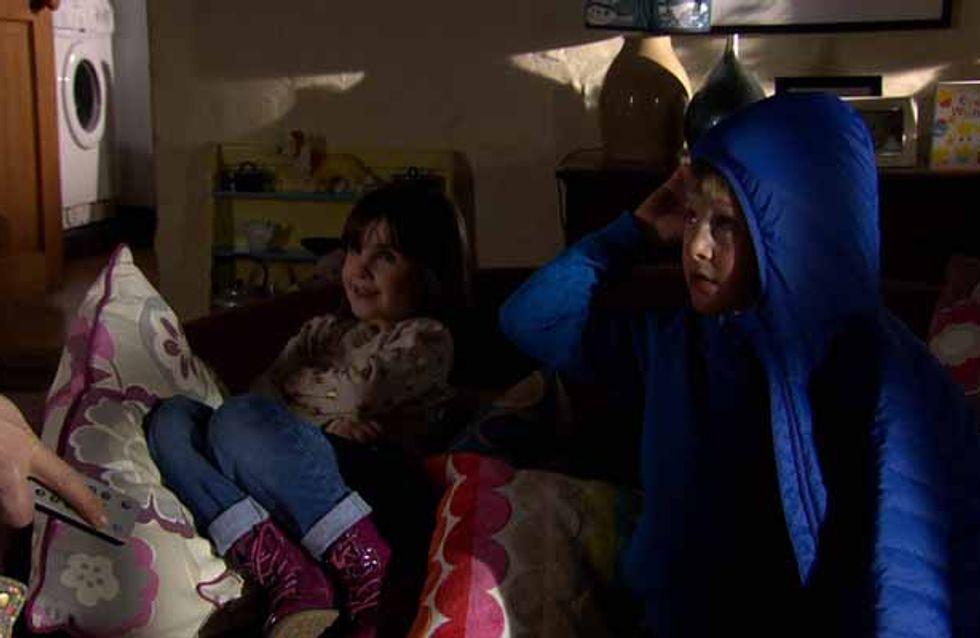 Emmerdale 03/04 - Laurel neglects Leo