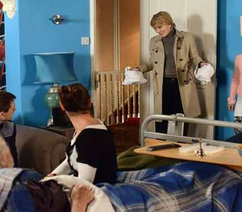 Eastenders 31/03 - Phil continues with his plan to get the Arches back