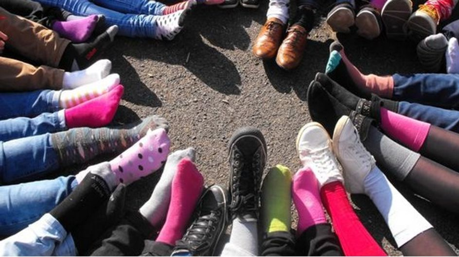 Des chaussettes dépareillées pour sensibiliser le public à la trisomie 21