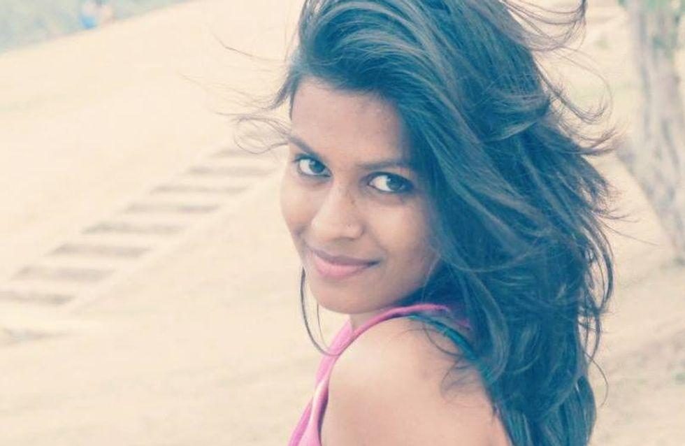 Une jeune Indienne maîtrise son agresseur et le traîne par les cheveux jusqu'au poste de police