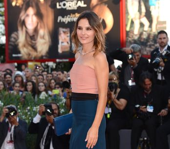 Virginie Ledoyen pose topless en couverture de Lui (Photo)
