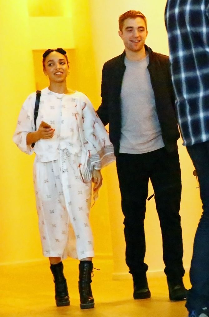 FKA Twigs et Robert Pattinson.