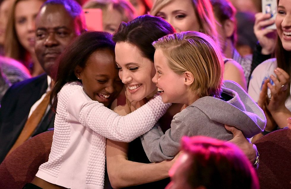 Angeline Jolie emmène ses filles aux Kids' Choice Awards (Photos)