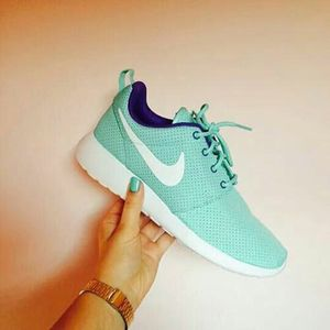 30 Cool Nike Shoes To Sport Up Your Wardrobe With