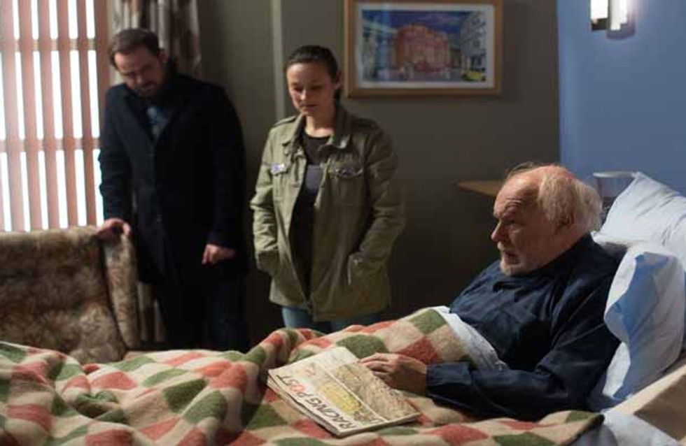 Eastenders 06/04 - The Carters are stunned by Buster shock return