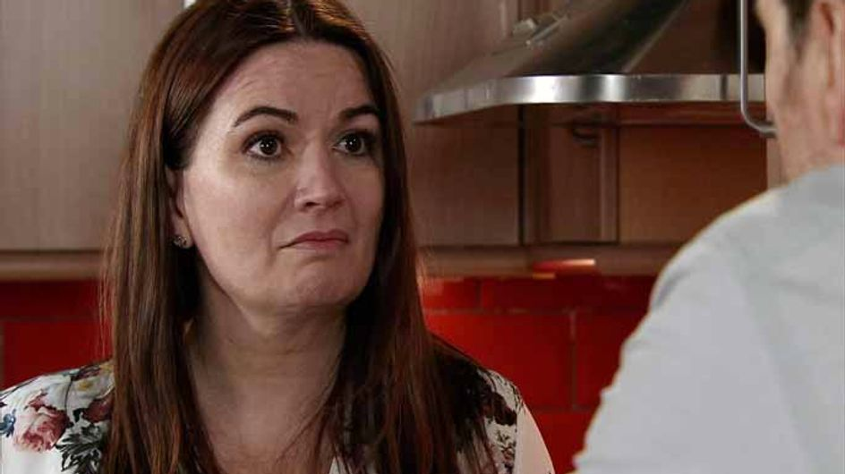 Coronation Street 10/04 - Anna pulls out all the stops for family unity