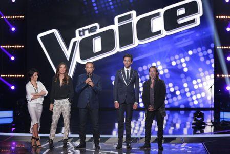Jenifer en robe blanche pour l'épreuve ultime de The Voice 4