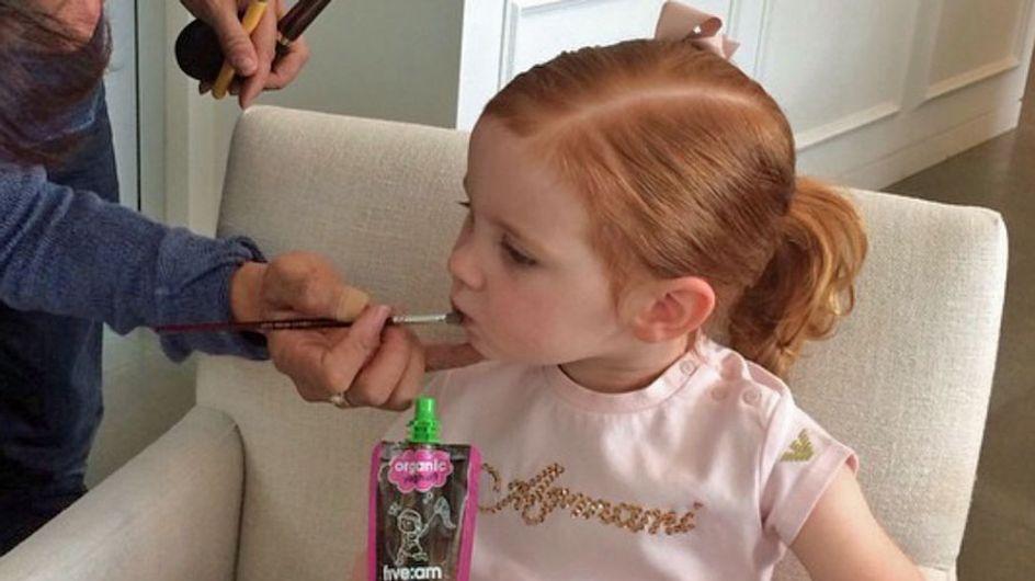 La pequeña estilista de tres años que triunfa con sus consejos de moda en Instagram