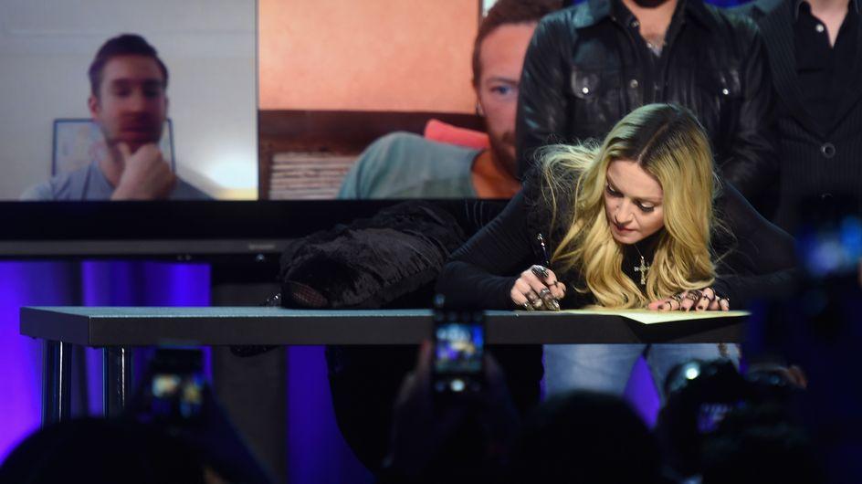 Madonna moquée sur le web après une pose très étrange