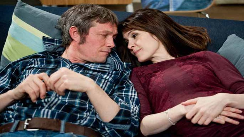 Emmerdale 14/04 - James's jealousy gives Emma a way in