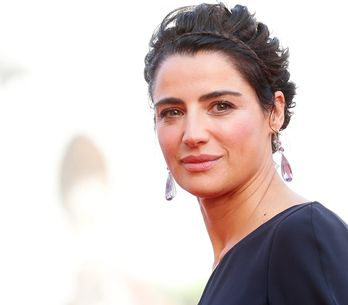 Luisa Ranieri è incinta. Cicogna in arrivo per l'attrice e Luca Zingaretti!
