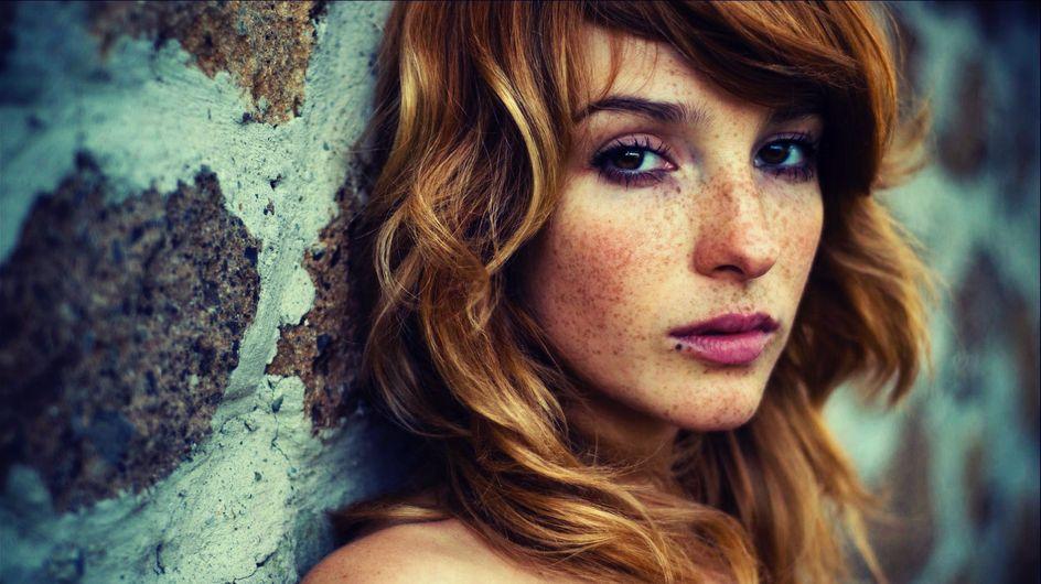 Guardare queste 50 foto di ragazze con le lentiggini ti farà scoprire che la vera bellezza non è nella perfezione
