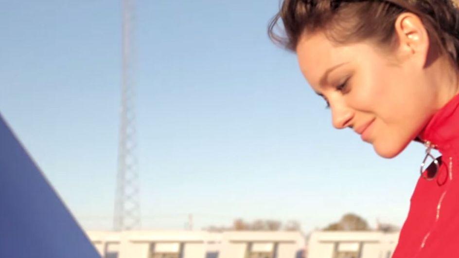 Marion Cotillard au cœur d'une centrale solaire pour Dior (Vidéo)
